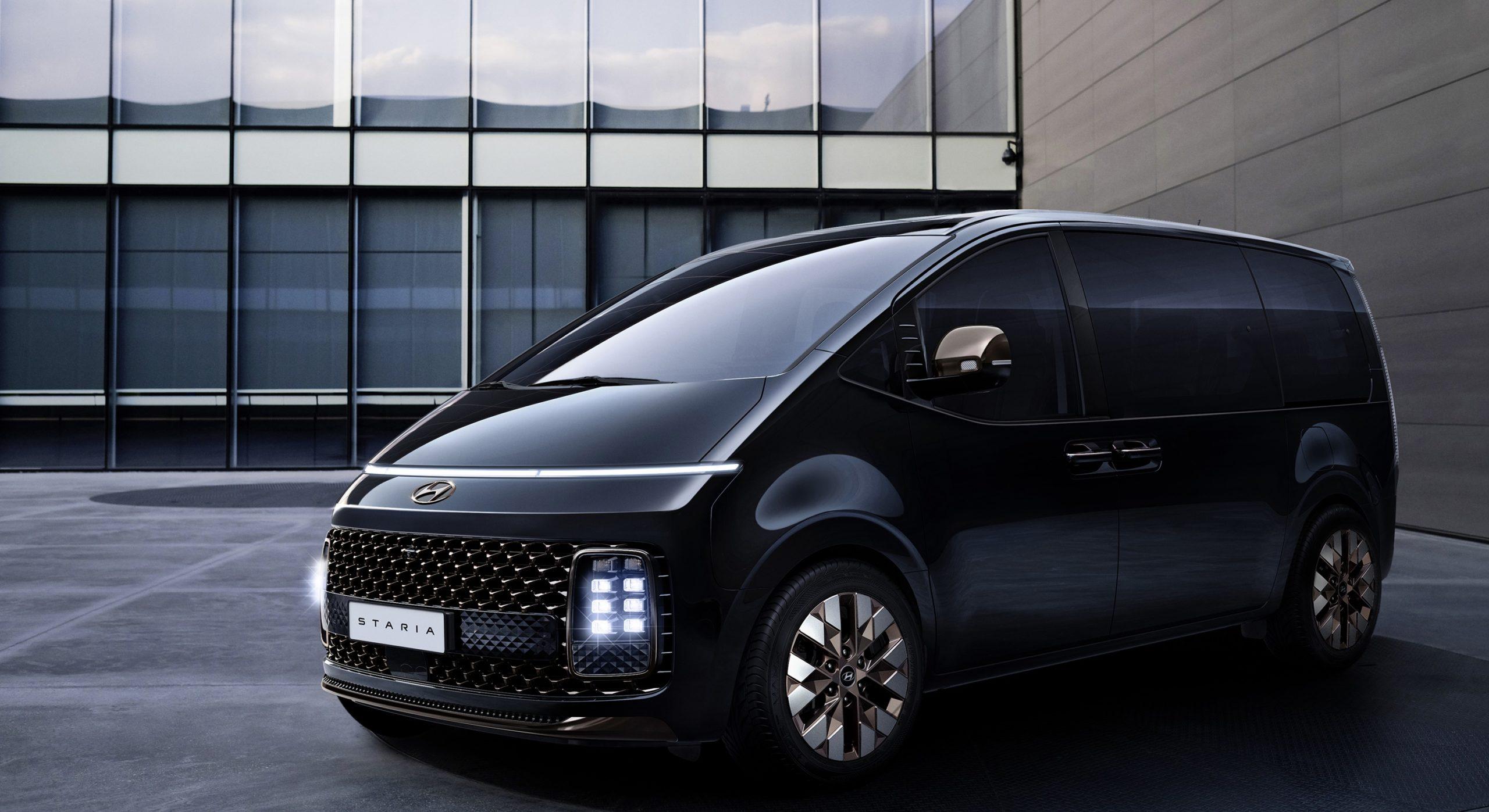 Новый минивэн Hyundai Staria получит 11-местный салон